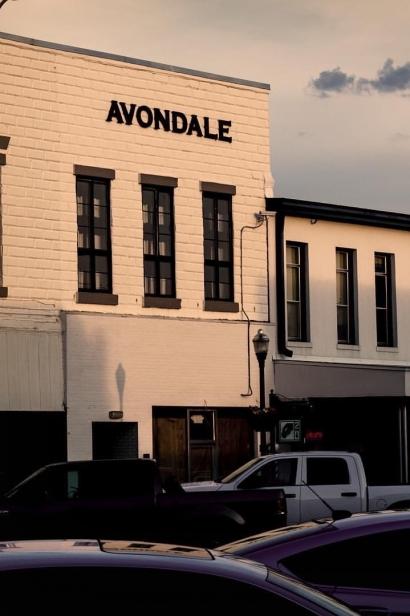 Avondale Bar & Tap Room Exterior